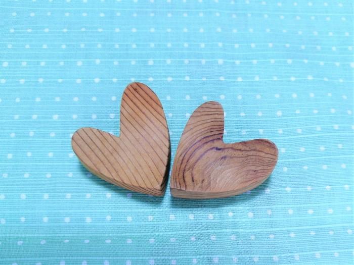 木の箸置き画像