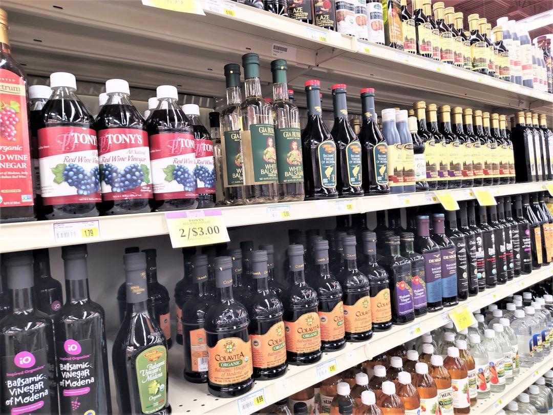スーパーに並ぶバルサミコ酢