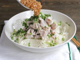 納豆で疲労回復! 何回も食べたくなる、リピート確定「豚しゃぶと納豆ソースの冷やしそうめん」