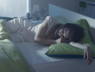 寝汗のかき過ぎには要注意。じつは脱水やだるさだけじゃない問題が潜んでいる!