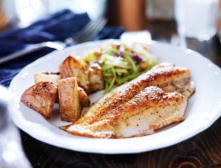 積極的にとりたい魚料理! 1日あたり100g食べる量が増えると…その効果は?