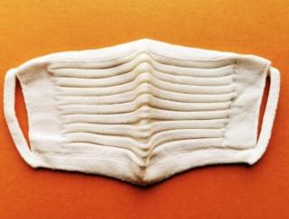 ムレない! 息苦しくない! 肌ざわりよし! シルク90%以上の日本製ニットプリーツマスクが快適すぎる #Omezaトーク