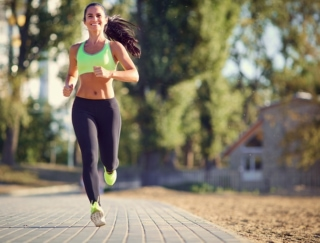 """夏場の運動も涼しく快適に! 暑さ対策が叶う""""ひんやり系""""トレーニングアイテム"""