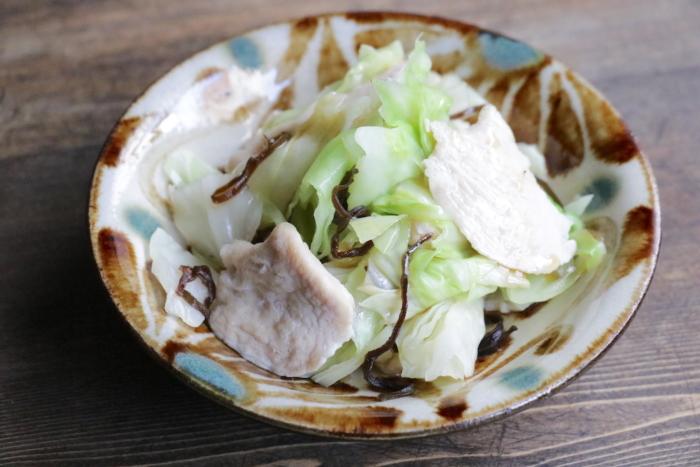 鶏むね肉とキャベツのごま油温野菜