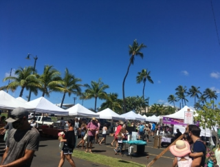 2回目のロックダウンを行ったハワイ。そんな中でもファーマーズマーケットの人気は健闘!