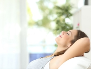 プロが実践! ストレスや夏バテから回復するアロマテラピー