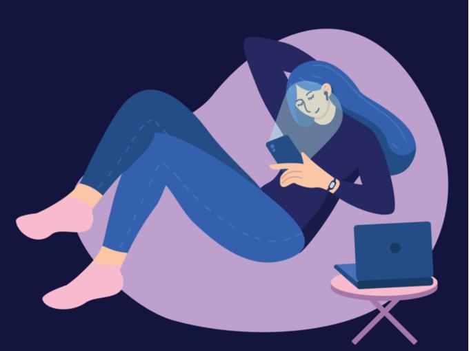 夜にケイタイの画面を見る女性のイラスト