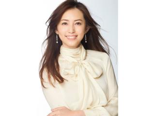 朝のスキンケアは肌状態を見極めてから――カリスマモデル・有村実樹さんのおこもり美容法とは?<前編>