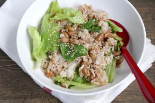 納豆とレタスのレンチンおかか炒飯風