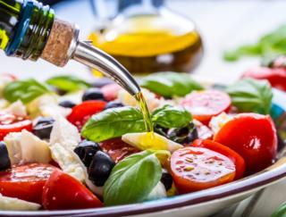 地中海食は肥満の悪影響を打ち消す!?  21年間のデータからその効果を検証した結果は…