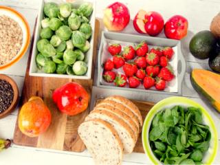 野菜や果物、穀物など食物繊維が豊富な食材