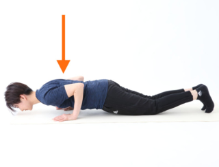 引き締め効果大! 振袖肉のないかっこいい二の腕を作るトレーニング