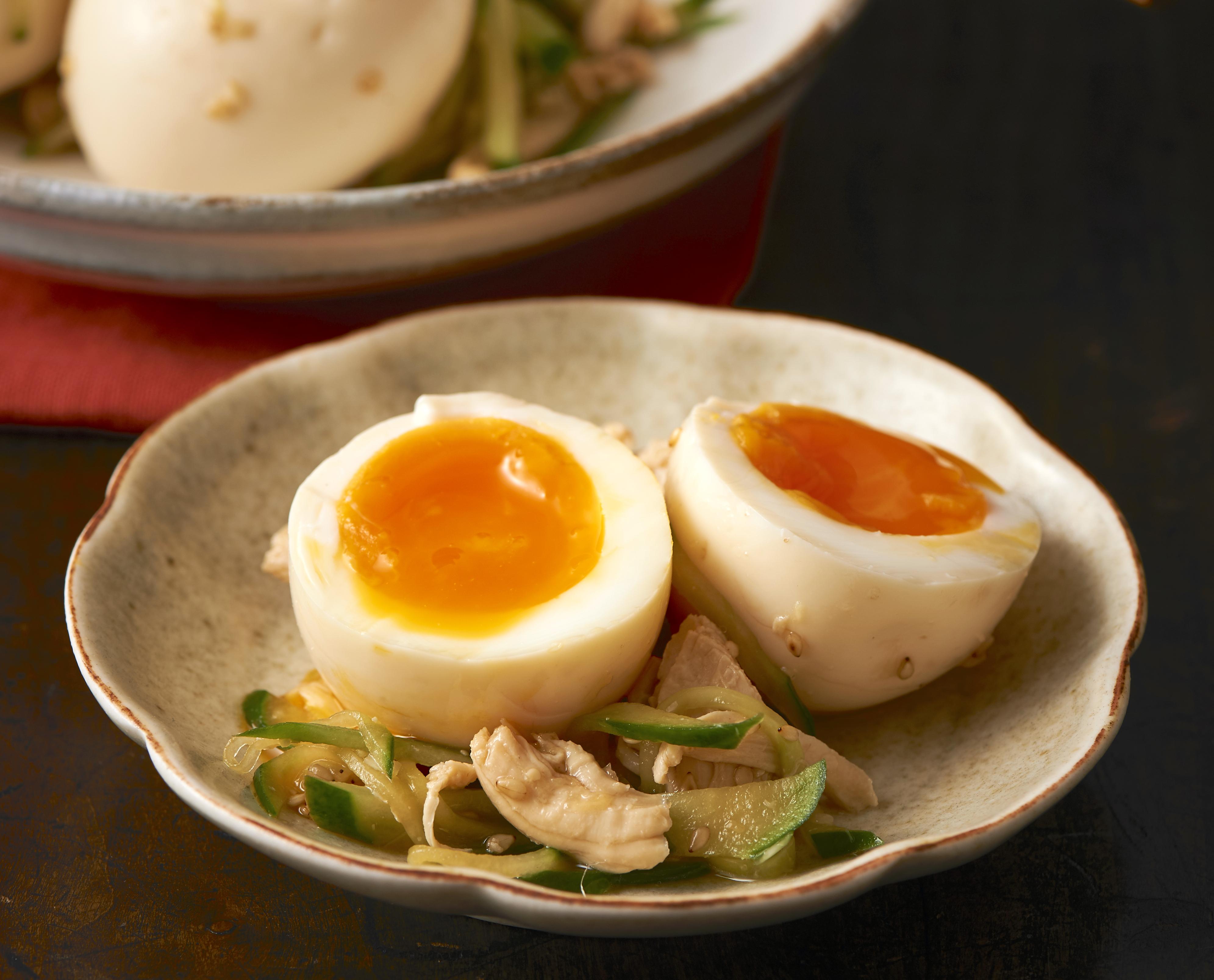 半熟卵とささみの甘酢漬け