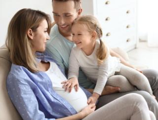 最後の子どもを産んだ年齢が高いと長生き? 米国の研究によると…