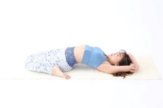 [週替わりヨガ]生理中の下半身の重だるさをオフするポーズ