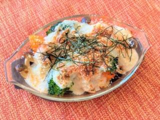冬においしいグラタンをヘルシーに!「チキンと季節野菜のふわもちとろろグラタン」#今週の作り置き