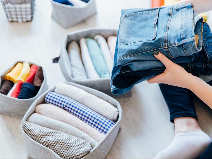 コロナ時代の断捨離法「つい」とっておいてしまう、なかなか捨てられない服の片づけ方