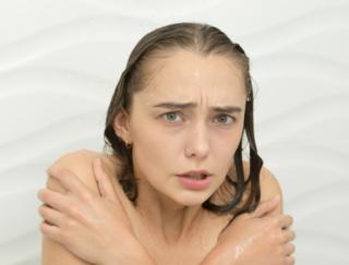 家が古くて冬は浴室の中が寒い! おすすめの入浴法のとおりに入れません…