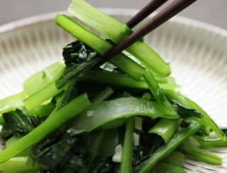 小松菜とほうれん草の違いってわかる?~ダイエットに役立つ栄養クイズ~