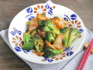 腸活ダイエット! 食べ過ぎをリセットする「ブロッコリーとキムチの甘辛炒め」