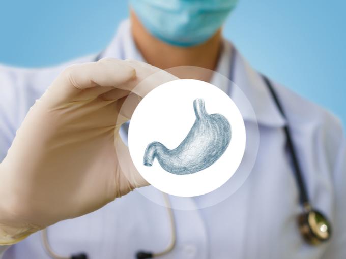 ドクターと胃のイラスト