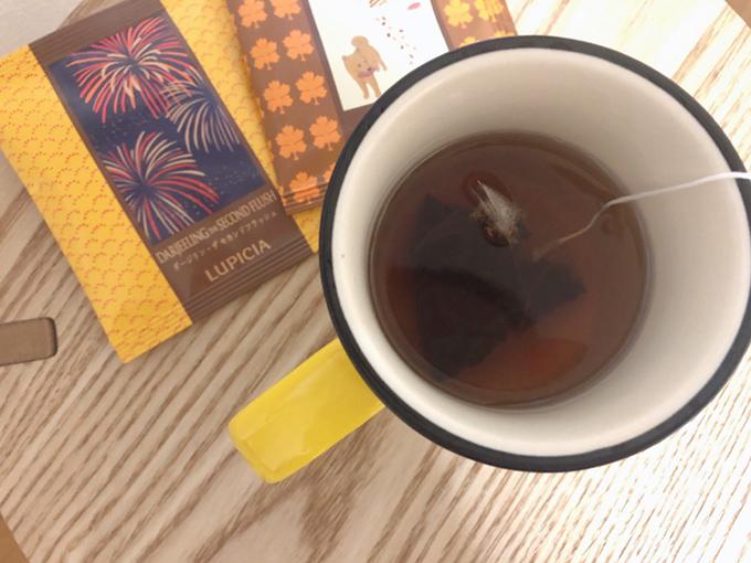 紅茶をいれた写真