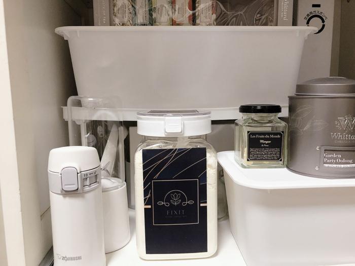 100均の「ワンプッシュで開閉できる保存容器」でプロテインをおしゃれに保管! #Omezaトーク