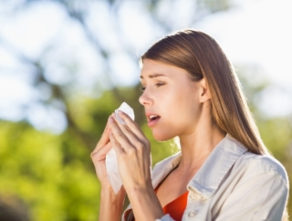 """""""体質だから…""""とあきらめないで! 花粉症を軽減するために食べるべきもの10選"""