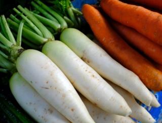 大根とにんじんをすりおろした「もみじおろし」で壊れてしまう栄養素は?~ダイエットに役立つ栄養クイズ~