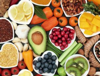 必要なのは3大栄養素だけじゃない! 知っておきたい「ビタミン」「ミネラル」の5大栄養素クイズ