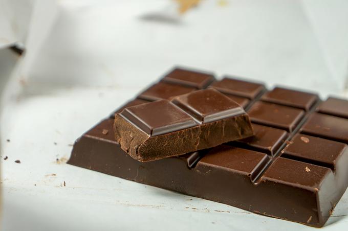 板チョコレートの画像