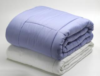 重めの寝具が心を落ち着かせる!?  注目の「ウエイトブランケット」。海外研究から明らかになった効果とは