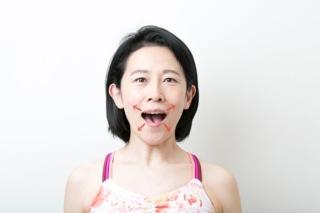 マスクをはずすのもコワくない! 「顔ヨガ」動画でLet's顔やせチャレンジ