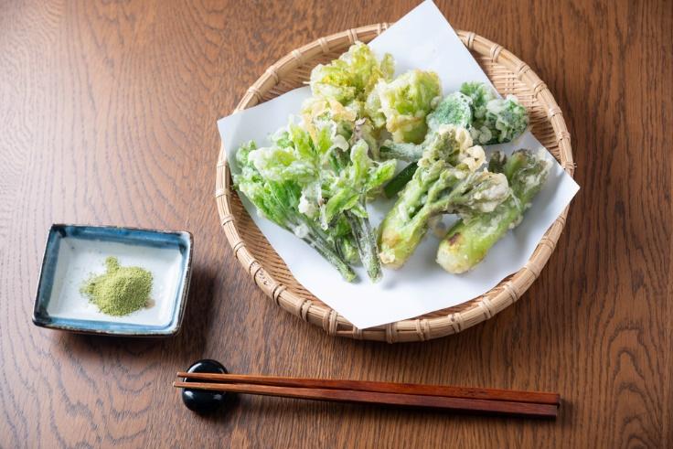 山菜天ぷら画像