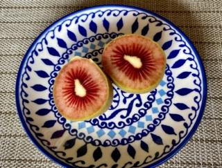 話題の赤いキウイもう食べた? ベリー味ってホント? 一度は食べたかったレッドキウイをついに実食 #Omezaトーク