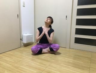 夏前にほそ見えボディをGET! バレエダンサーが教える、首すっきりエクササイズ