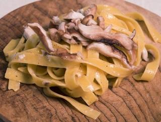 ゴールデンウィークにおうちごはんで作りたい! パスタの本場・イタリアからタリアテッレのレシピをお届け★
