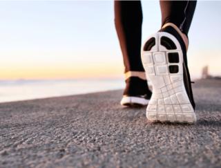 がんに負けない人は「脚力」が強い? 長生きとの関連を海外研究が報告