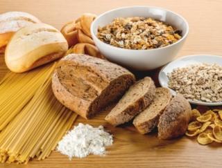 納豆、鶏肉、いちご。いちばん糖質が少ないのは?~ダイエットに役立つ栄養クイズ~