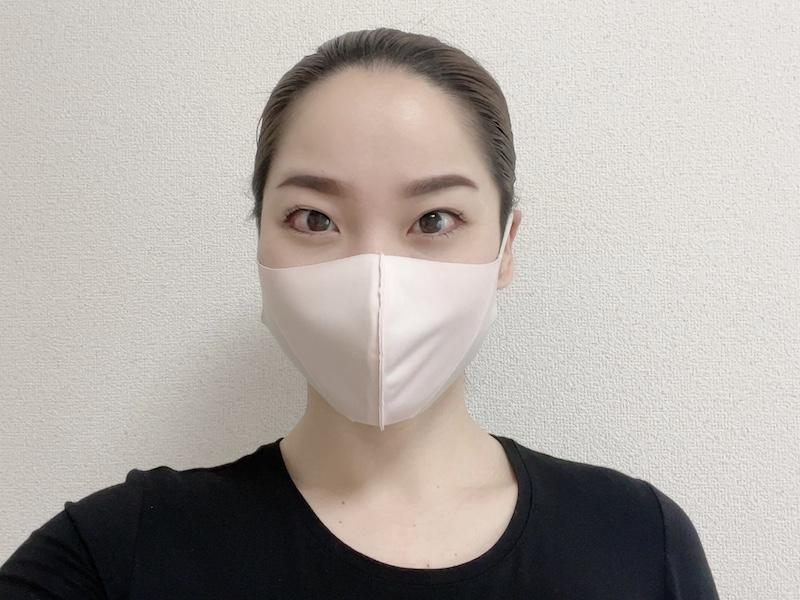 進化系マスクをつけた寒川さん