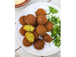 おうちでアラビアンな気分に♪ 灼熱の国・ドバイのソウルフード、豆のコロッケ「ファラフェル」を作ってみよう!