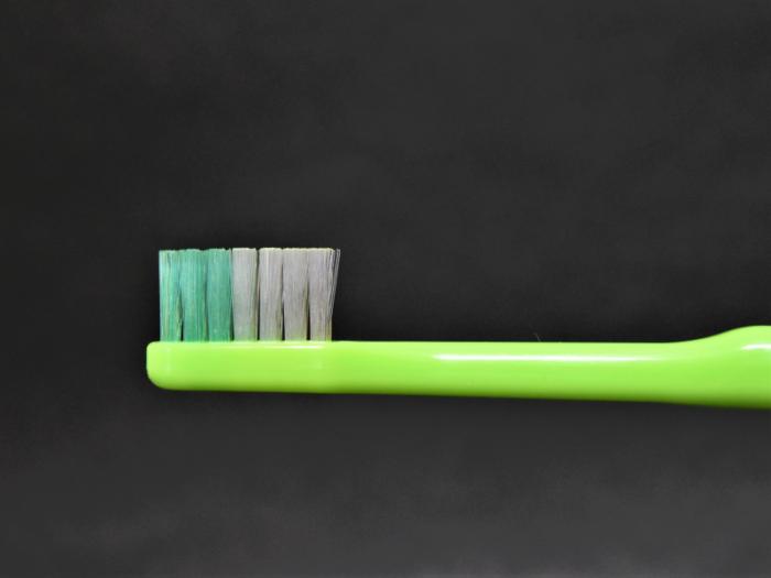 ラウンド加工歯ブラシ画像