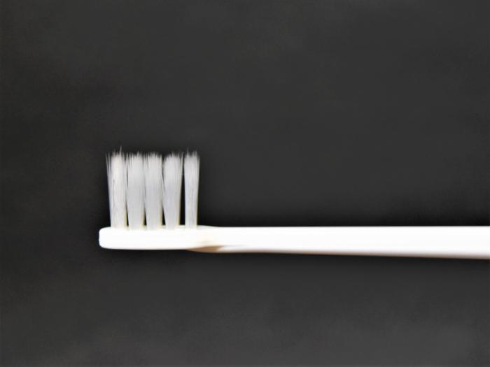 テーパー加工歯ブラシ画像