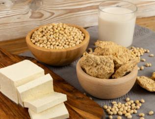 大豆肉、大豆、豆腐を含む大豆商品