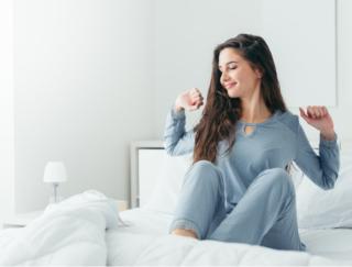 1時間早く起きるとメンタルが変わる? 海外研究でわかった「うつ病」リスク低下の効果