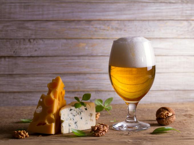 ビールとチーズ