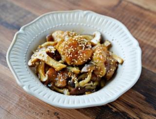たっぷりきのこで満足感アップ! 「鶏肉ときのこの中華炒め」#今日の作り置き
