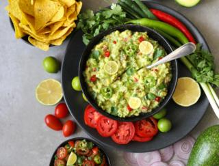 暑さ対策にメキシコ料理を食べよう! 疲労回復にもおすすめ 「ワカモレ」レシピ