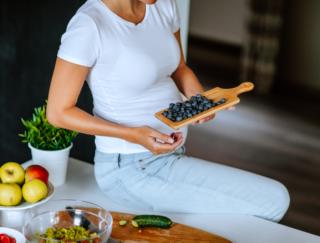 「妊娠糖尿病」のリスクを下げる!?  海外研究でわかった、注目すべき栄養素は?