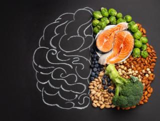 食生活が女性にもたらす幸福感の秘密。海外研究が明らかにした食とメンタルの関係とは?